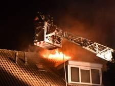 Hevige brand op zolder woning Waddinxveen