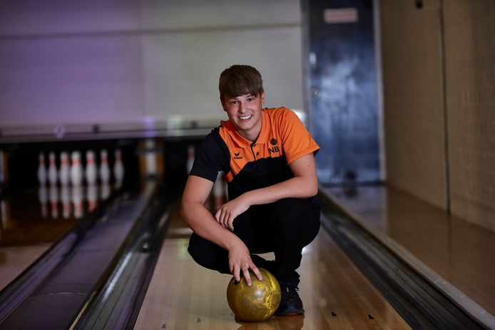 Romano Beekman (14) uit Vorden wil volgend jaar Europees jongerenkampioen bowling worden.