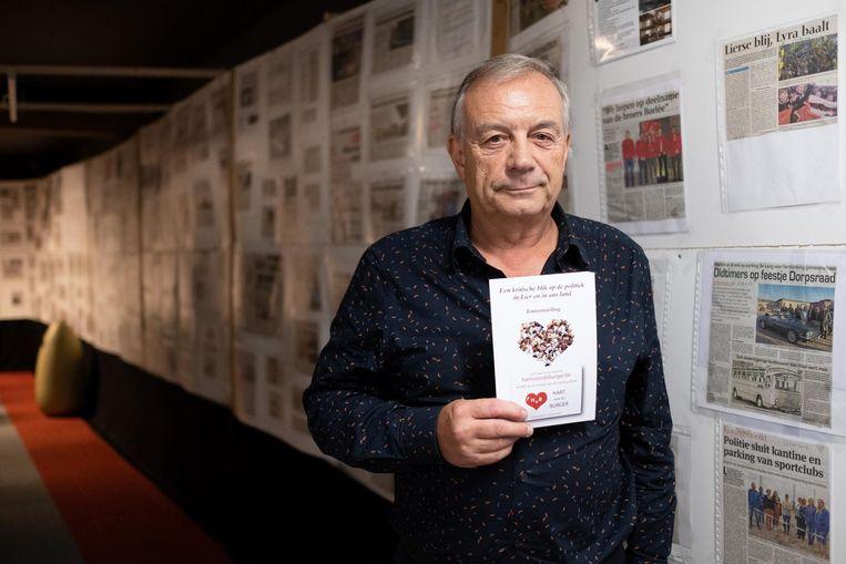 Marcel Taelman bij zijn tentoonstelling.