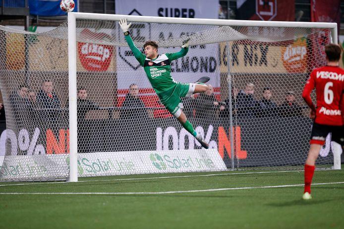 Stijn van Gassel hoefde zich ook dit seizoen niet te vervelen: hij kreeg tijdens wedstrijden – zoals tegen NAC– genoeg te doen. Tegen de ploeg uit Breda hield hij begin januari ook de nul.