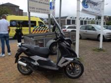 Scooterrijder naar ziekenhuis na botsing in Doetinchem