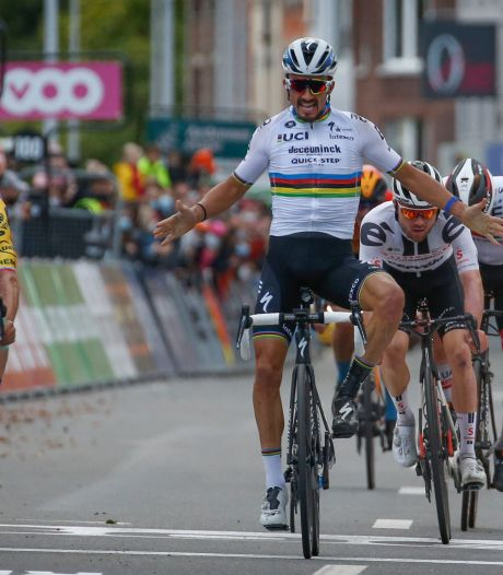 Alaphilippe blundert in Luik: Roglic verrast wereldkampioen bij bizarre finish