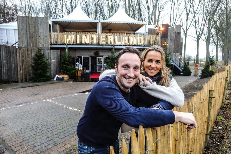 Organisator Stefaan Claeys en Stephanie Traen .
