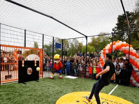 Cruyff Court in Madurodam officieel geopend