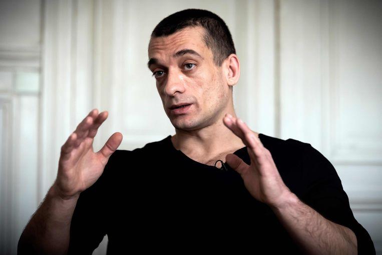 De Russische kunstenaar Pavlensky die het belastende seksfimpje over Griveaux naar buiten bracht.  Beeld AFP