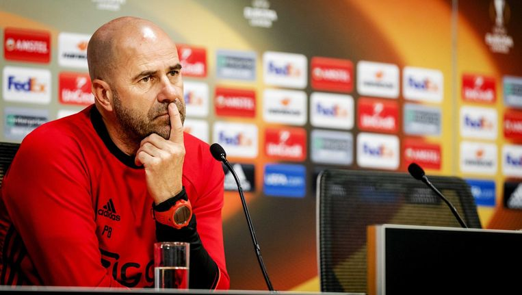 Ajax-trainer Peter Bosz. Beeld anp