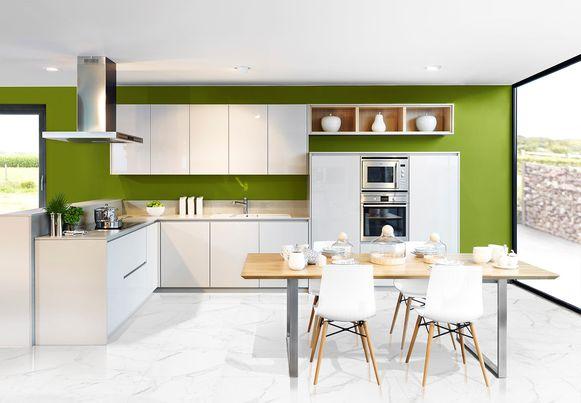 Met kasten en lades verhoog je de opbergcapaciteit van je keuken. Zo berg je er tot 30% meer op dan in legplanken of kasten met deuren.