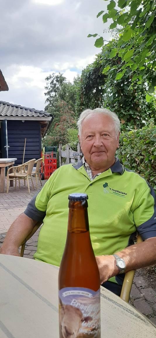 Albert van Kaathoven, voorzitter van hobbybierbrouwvereniging 't Hopbelleke in Schijndel.