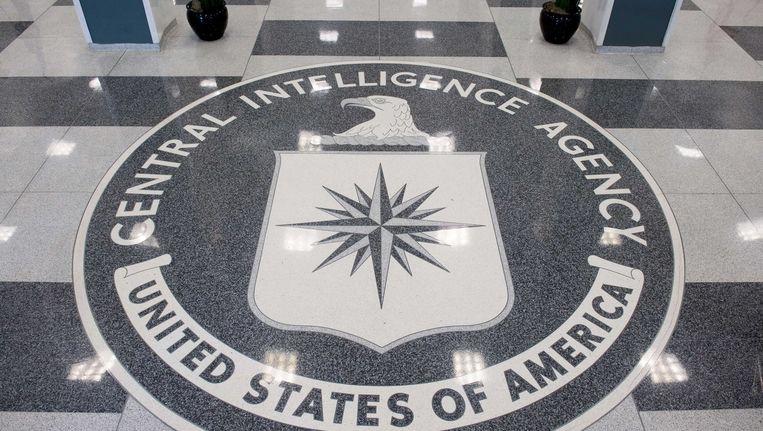Het CIA-logo op de vloer van de lobby van het hoofdkwartier van de dienst in Langley, Virginia. Beeld afp