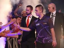Niels Zonneveld dart op zolder tegen wereldkampioen Wright: 'Maak je niet vaak mee'