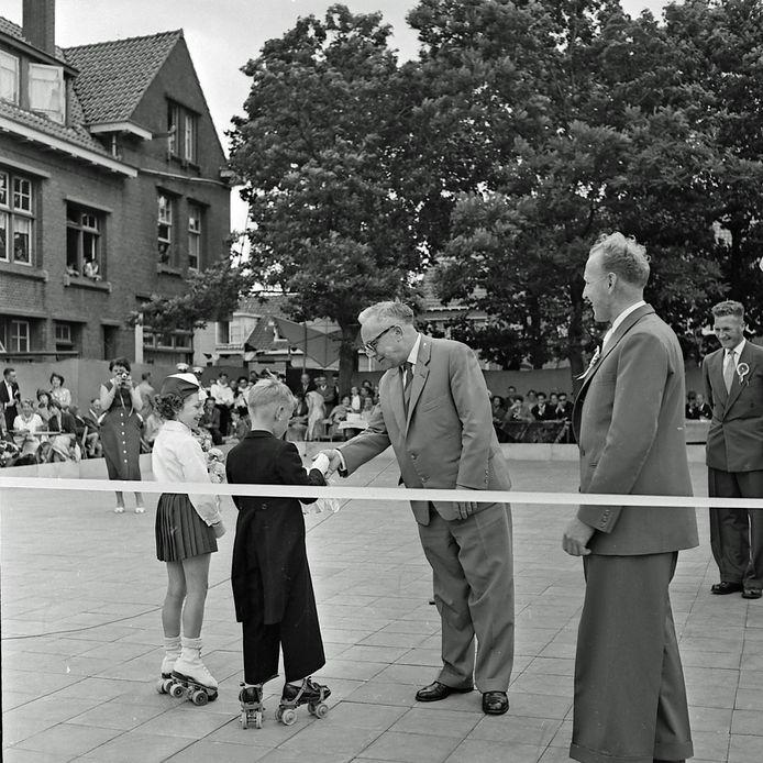 Opening Rolschaatsbaan in Strijp