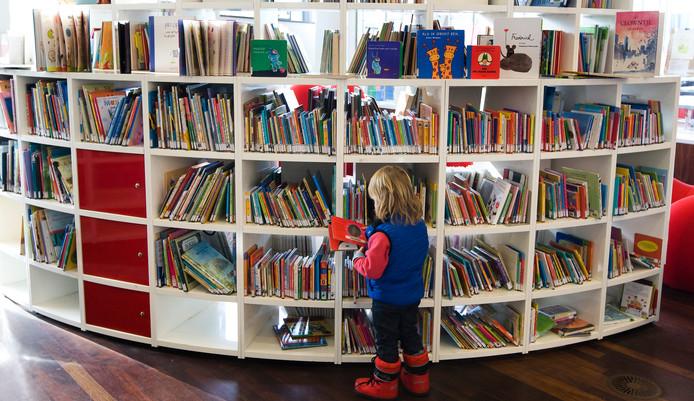 Aan het einde van de Kinderboekenweek is het altijd feest in Deventer. Deze keer voor het eerst niet alleen in de Schouwburg, maar ook de Bibliotheek aan de Stromarkt.