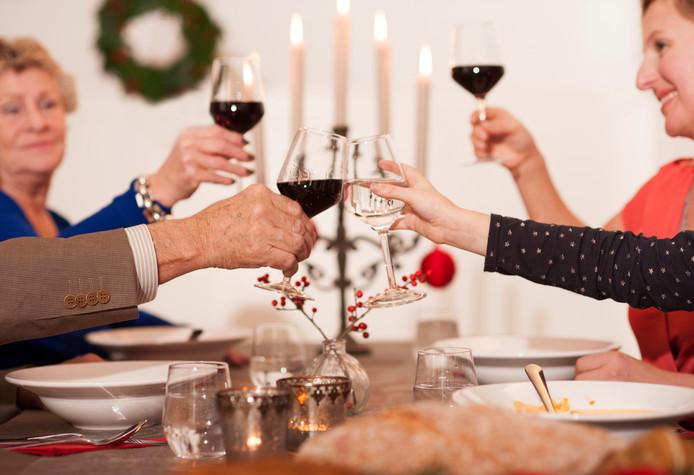 Het gaat hard met de reserveringen voor een tafel in een restaurant met Kerstmis.