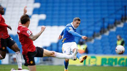 Leandro Trossard treft het doelhout drie (!) keer in knotsgekke nederlaag tegen Man United, winning goal valt na laatste fluitsignaal