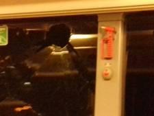 Tieners veroordeeld voor ingooien busruit en in brand steken auto's in Utrecht en Nieuwegein