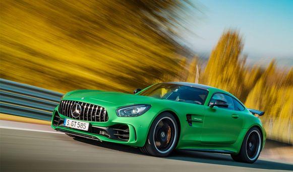 Mercedes-AMG GTS : 100- 0 km/u in 31,6 meter