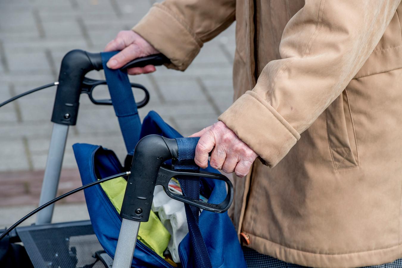 De hulpvraag van ouderen staat centraal bij het nieuwe zorgbureau Zosaam