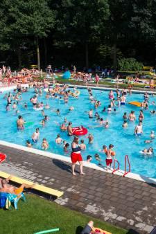 Twentebad in Hengelo opent buitenbad vanwege warmte
