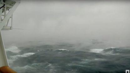 Video: 'cruise from hell' vaart recht door bomcycloon