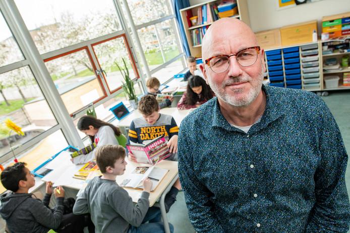 Manager onderwijs Hans van der Most van Sterrenschool Apeldoorn: ,,Ik ben gematigd positief. We moeten eerst bekijken wat het precies betekent.''