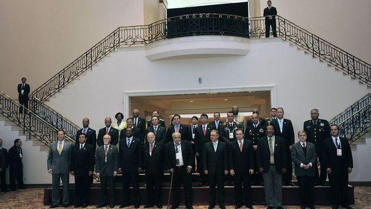 De deelnemende ministers aan de conferentie in Punta del Este Beeld afp