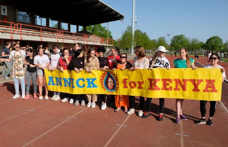 1.450 leerlingen van Ursulinen Mechelen liepen in De Nekker voor Annick for Kenya