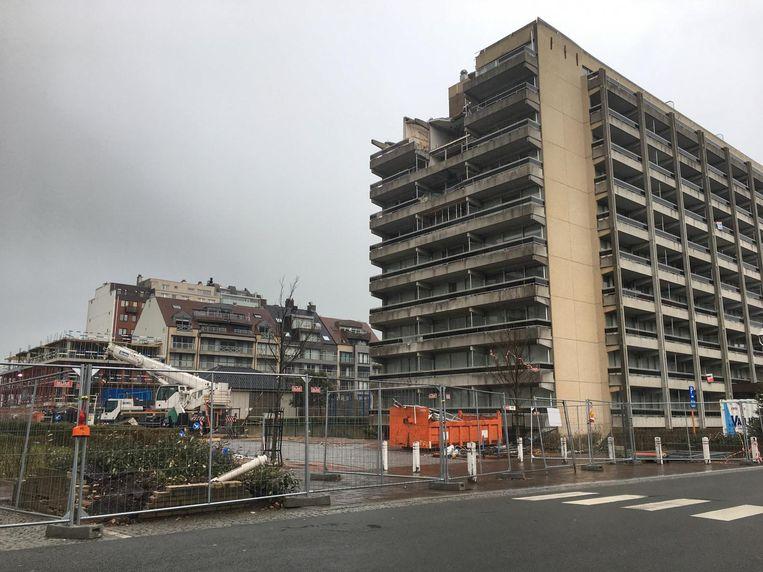 De perimeter rond het appartementsgebouw wordt wellicht eind deze week opgeheven.