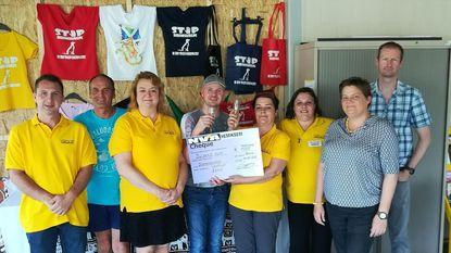 N-VA schenkt 1.000 euro aan dierenopvangcentrum