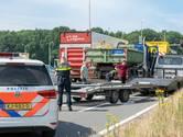 Vrachtwagen botst op aanhanger andere vrachtwagen in Tilburg