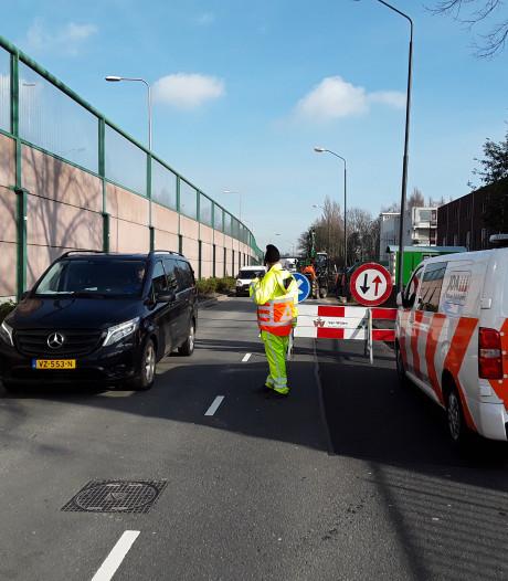 Op pad met professionele verkeersregelaars in Kaatsheuvel: 'We staan er niet om automobilisten te pesten'