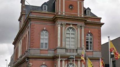 OCMW, politiekantoor en gemeentehuis weer open