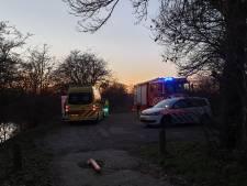 Roeiboot slaat om in Wageningen: Zoektocht heeft nog geen resultaat