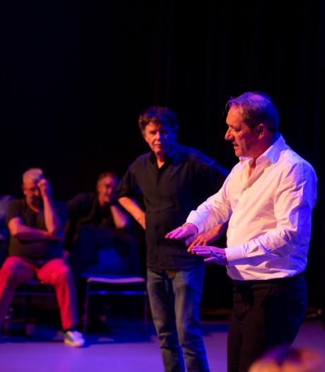 Topacteur Gijs Scholten van Aschat geeft eeuweling toneelles in Diepenheim