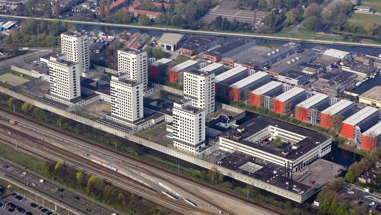 De Bijlmer Bajes Beeld Lex van Lieshout