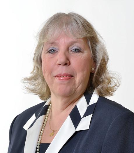 Madeleine Hoek voert VVD-lijst in Landerd weer aan