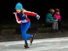 Kunstijsbaan op de Markt in Wijk om kinderen weer vertrouwd te maken met schaatsen