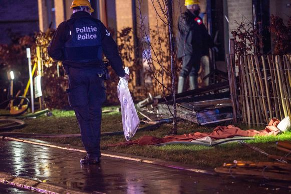 De politie nam verschillende obussen in beslag.