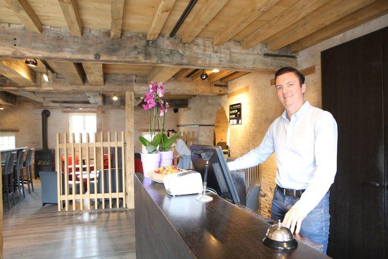 Dieter Peters baat met zijn bedrijf The Lodge Group het hotel uit dat gevestigd is in de voormalige historische site.