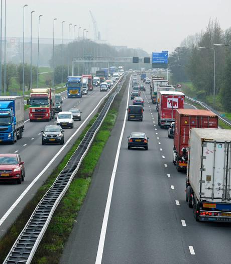 Werkzaamheden aan A15 uitgesteld vanwege het warme weer