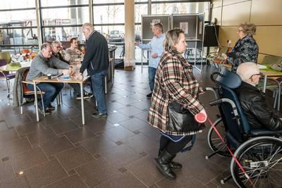 Burgemeester Breda spreekt hartig woordje met post na gedoe met stempassen