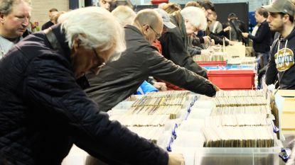 Jaarlijkse platen- en cd-beurs in Zwaneberg klokt af op 1.000 bezoekers