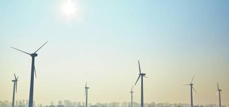 Rhedense windmolens alleen bij Spankeren gemakkelijk haalbaar