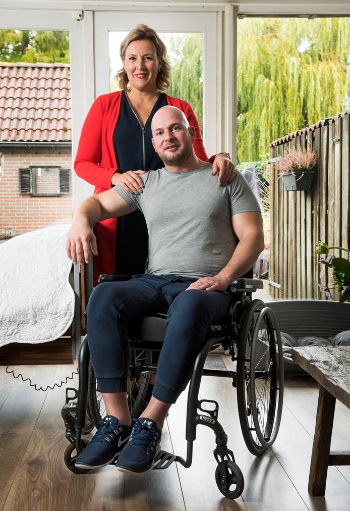 Joost met zijn vrouw Rheza