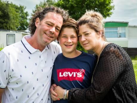 Max (12) werd getroffen door de bliksem: 'Ga nooit douchen tijdens onweer'