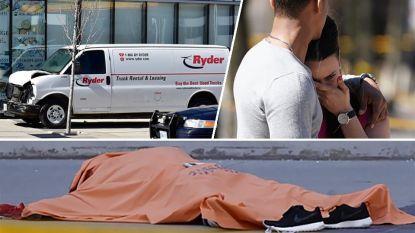 Bestelwagen rijdt in op voetgangers in Toronto: 10 doden en 15 gewonden