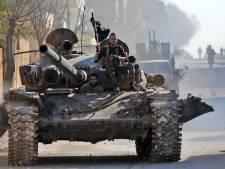Meer dan dertig Turkse militairen gedood in Syrië, Erdogan wil vluchtelingen naar Europa laten gaan