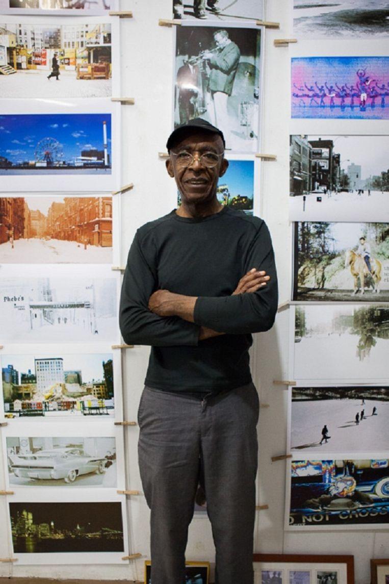 Alex Harsley in zijn atelier in 4th Street. Zie: http://www.jamesmaherphotography.com/photoblog_view_post/1130-alex-harsley-4th-street-photo-gallery Beeld James Maher