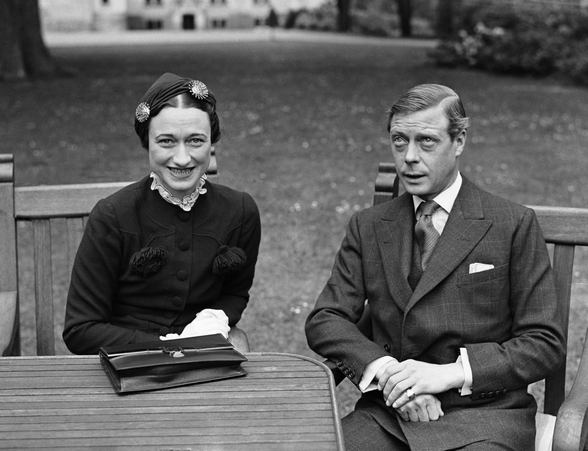 Een foto van Edward en de Amerikaanse Wallis Simpson, genomen op 7 mei 1937 nabij Touraine in Frankrijk.