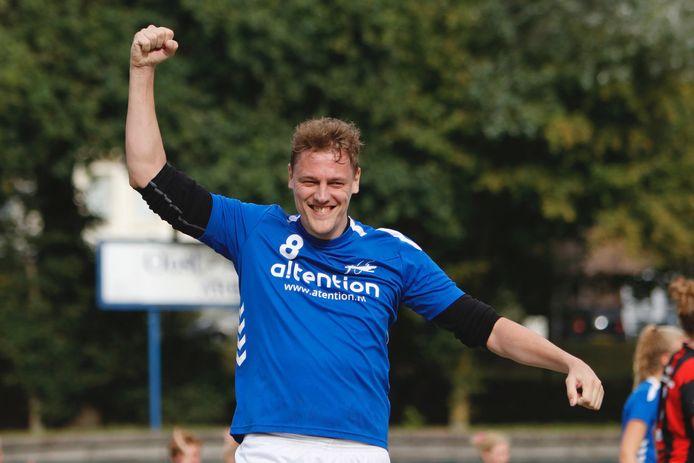 Vreugde bij Jasper Broenink van Oost Arnhem na de onwaarschijnlijke comeback.
