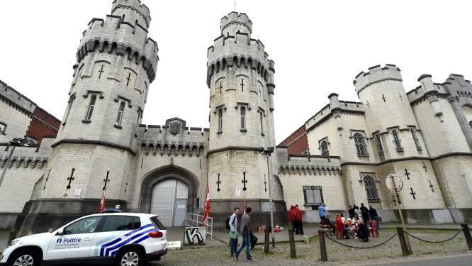 Staat riskeert dwangsommen van 9 miljoen per maand voor overbevolking: renovatiewerken in gevangenis Sint-Gillis van start